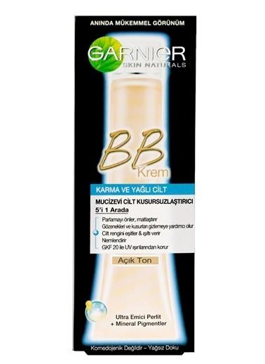 Garnier Garnier BB Krem Mucizevi Cilt Kusursuzlaştırıcı Karma/Yağlı Ciltler Açık Ton 50ML Renkli
